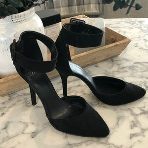 Dollhouse pointed-toe pumps with ankle strap